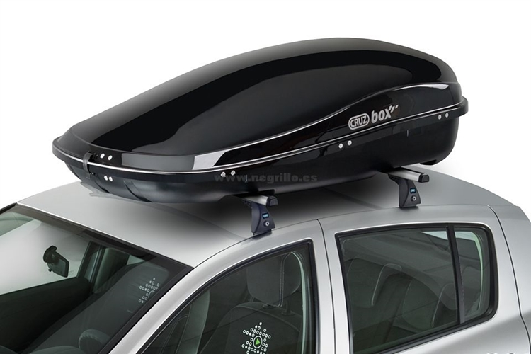 Cofre de techo cruzbox clan 450 u80 for Maletero techo coche